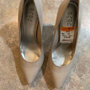 NWT BCBG Paris heels size 8.5